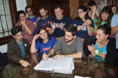 """Joaquín Agosto, presidente de la Federación Universitaria Marplatense: """"Cambiemos transformó PROGRESAR en una beca meritocrática"""""""