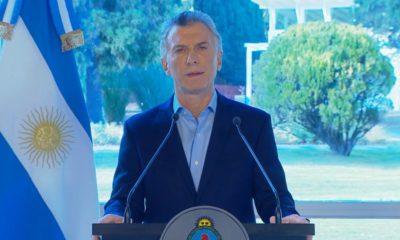 Macri pide disculpas y anuncia medidas de alivio para morigerar la crisis