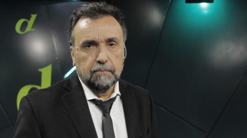 periodista Roberto Navarro fue golpeado a la salida de su programa