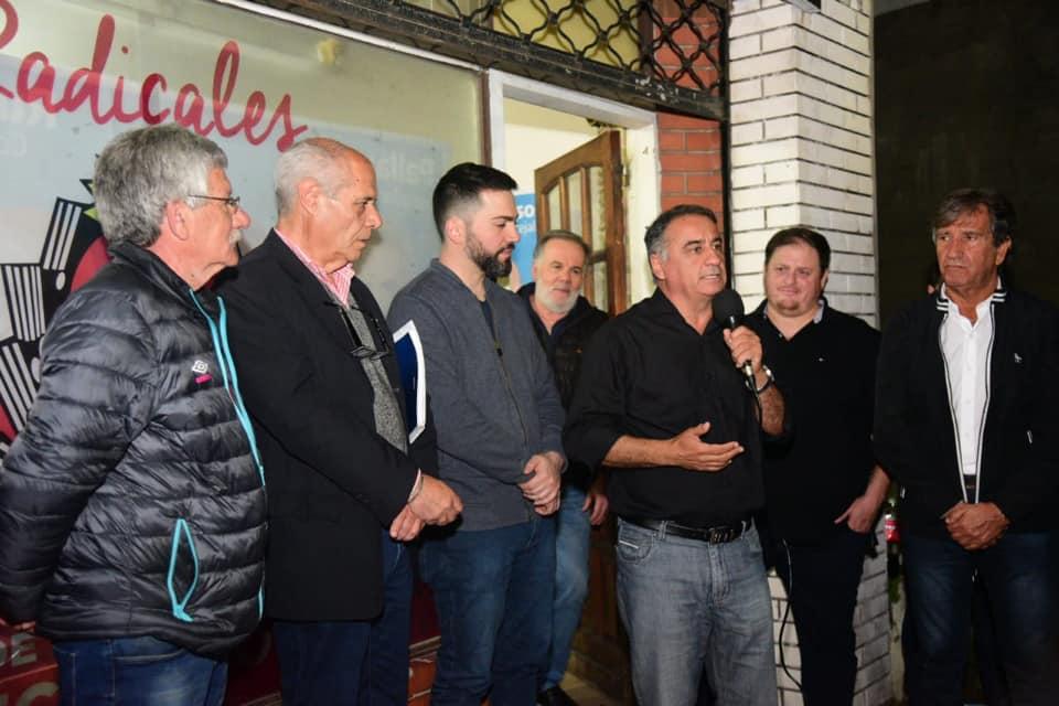 un sector de la UCR apoya a Edgardo Depetri