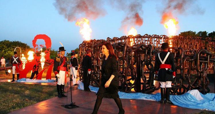 Cristina Fernández de Kirchner durante el acto en conmemoración de la batalla de la vuelta del obligado