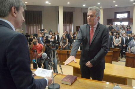 Héctor Gay asumió su nuevo mandato junto a 12 concejales y desplazaron a Vitalini de la Presidencia del HCD