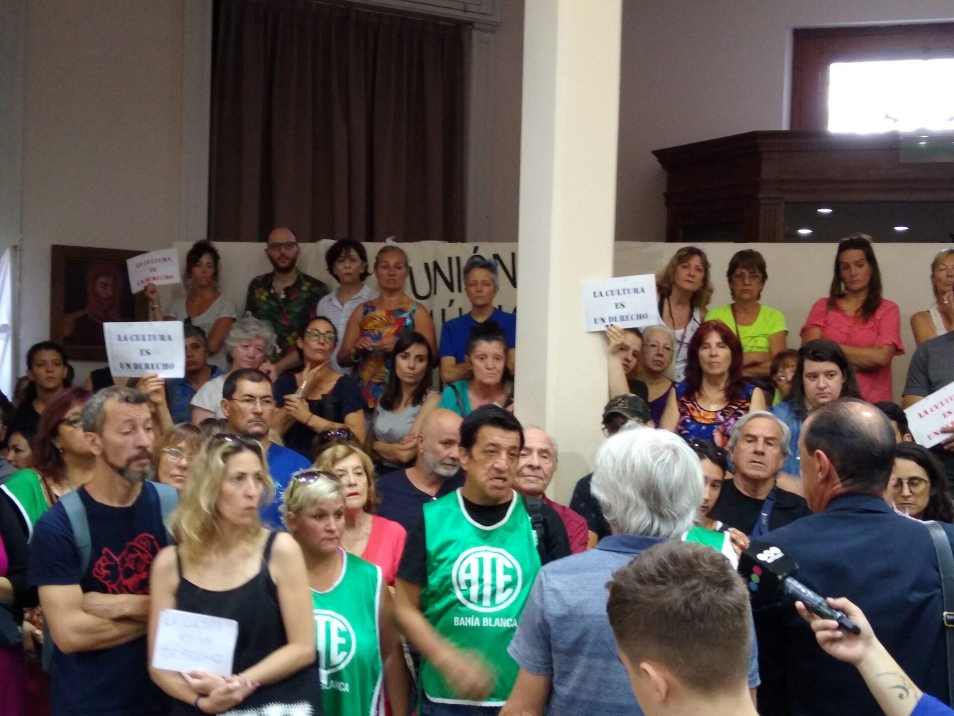 Juntos por el Cambio retiró el proyecto de derogación de las ordenanzas culturales luego de una masiva movilización ciudadana