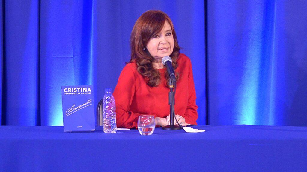 Cristina presenta Sinceramente en un destino internacional, la Habana Cuba