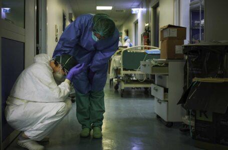 El Gobierno extiende y amplía el bono de 5 mil pesos para trabajadores de la salud