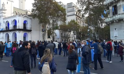 militancia anti cuarentena plaza mayo