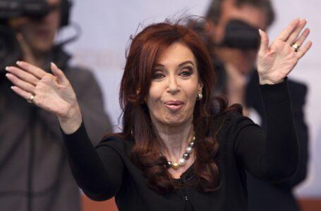 Peritarán los servidores de Google para determinar por qué el buscador difamó a CFK