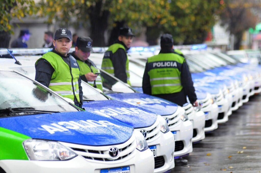 secuestran patrullero policia bahia blanca