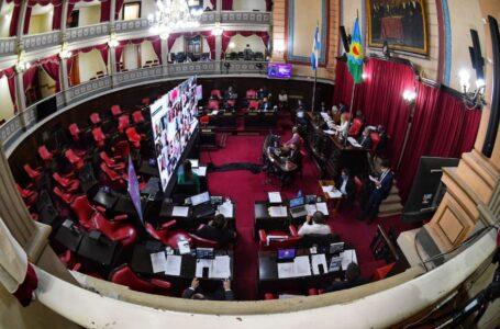 Senadores aprobaron la ley de clubes pero vuelve a Diputados