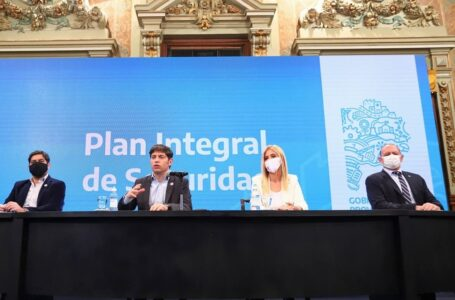 Kicillof presentó el Plan Integral de Seguridad: aumento salarial, hospitales y formación para la Policía Bonaerense