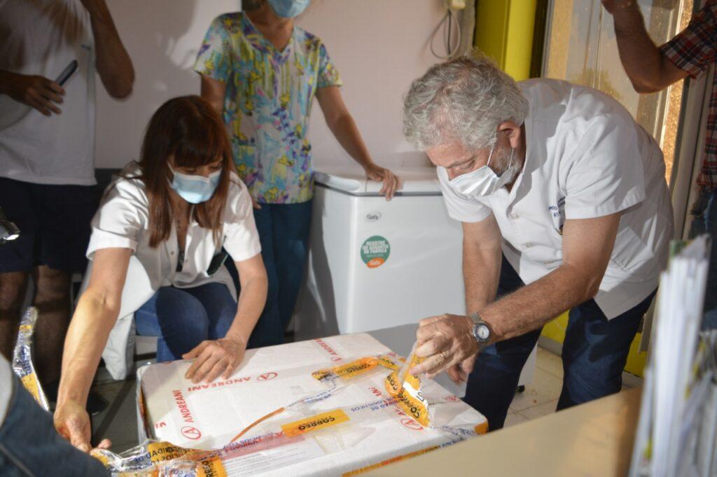 Bahía Blanca y la Región recibieron 450 dosis de la vacuna contra el COVID y comenzaron a imnunizar terapistas