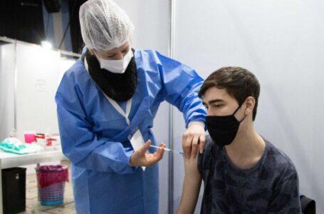 Vacunación en Bahía Blanca: más de 5.600 adolescentes entre 13 y 17 años se inscribieron